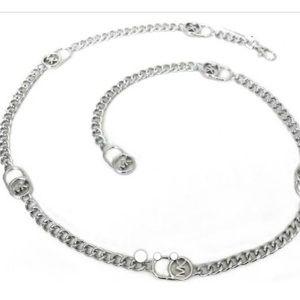 Michael Kors metal lock chain belt size m/l